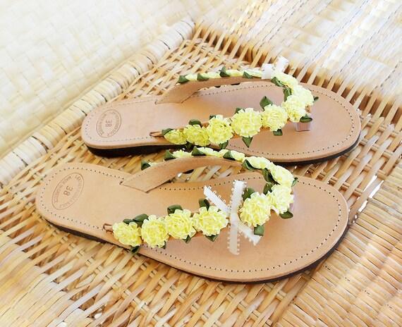 Lime Flip Flops ,  Lemon Flip Flops , Yellow Sandals , Bridal Flip flops , Leather Flips Flops , Beach Weddding Sandals , Flower Sandals