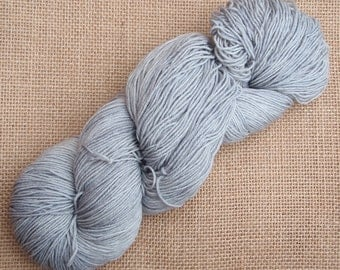 """Hand dyed British Bluefaced Leicester/nylon sock yarn in """"Minerva"""""""