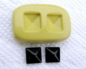 Little pyramid squares mold for Stud Earrings Flexible silicone mold for jewelry making, resin, FIMO, clay,