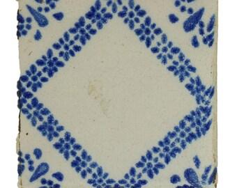 Single blue & white decorative dutch tile