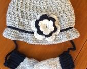 Hat & Mitten Set, FREE SHIPPING, Children's Hat and Mittens, Baby Hat and Mitten Set, Monogram,  Mittens, Newborn/4T