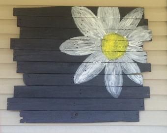 Daisy Pallet Art