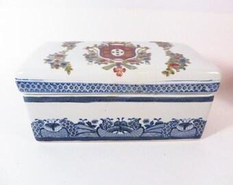 Vintage Blue White Decorative Porcelain Box - Asian Blue White Box