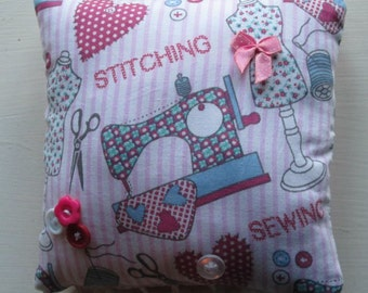 Pretty Pincushion / Pin cushion (3)