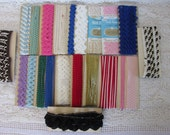 Vintage unusual trims and rick rack combo lot, Vintage loopy trims, vintage rick rack packs, Pillow, tote bag supplies, sewing supplies