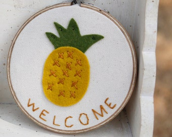 Welcome Sign, Pineapple, Aloha, Hospitality, Embroidery Hoop Art, Mustard Yellow, Housewarming Gift, Wall, New Home, Moving Gift, Felt Art