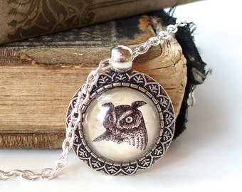 Barn Owl Necklace in Silver