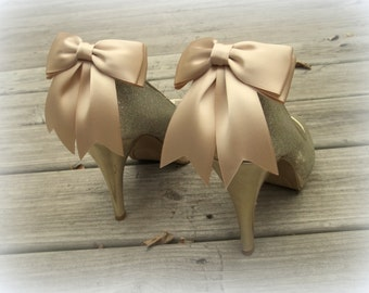 Wedding Shoe Clips, MANY COLORS AVAILABLE , Bridal Shoe Clips, Satin Bow Shoe Clips, Shoe Clips for Wedding Shoes, Bridal Shoes, Womens