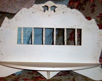 Vintage,Painted, Wall Shelf, Ornate Shelf, Wood Shelf,  Shabby Chic, Chippy Off White, Cottage,