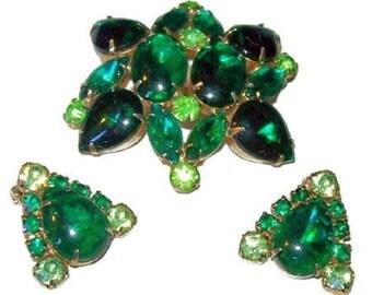 Brooch Earring Demi Set Emerald & Lime Green Rhinestones Gold Metal Designer Vintage