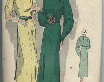 Vintage 1930s Women's One-Piece Frock Dress Vogue 7153