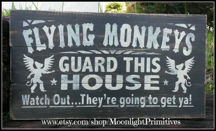 Wizard Of Oz Flying House Flying Monkeys ...