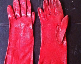 Womens red leather glove set