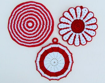 Vintage red and white pot holders, lot of 3 crocheted pot holders