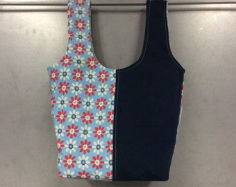 handmade carry-all lunch bag or purse - eco friendly, washable, durable - red white and blue flowers