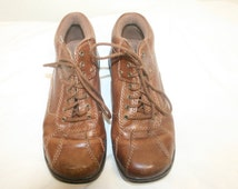 Size 7 Dr Scholls Women Boots,size 7 boots,womens boots,women size 7,boots women,boots 7,size 7 shoes,lace up boots 7,ankle boots 7,boots 7
