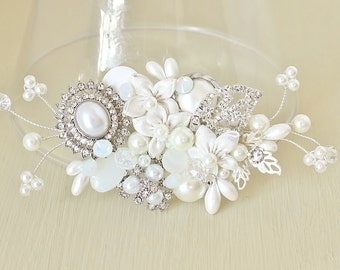 Bridal Hair Comb-Wedding Hairpiece-Pearl Bridal Comb-Wedding Hair Accessories-Bridal Hair Accessories Off white Hairpiece- Ivory Bridal Comb