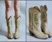 Tan Western Boots with a Leather heel and Green Inlays sz 5 6