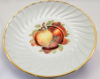 Vintage / Old Nuremberg Bavaria Germany/ Saucer / Fruit Pattern