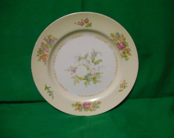 "One (1), 7 5/8"" Porcelain Salad Plate, from Noritake (Occupied Japan) in the Empire Pattern."
