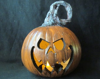 Primitive Sleepy Hallow Pumpkin Lantern