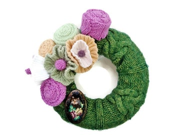 Green Cable Wreath Mini Felted Wool Wreath Lavender and Green Sweater Wreath with Cat Pin