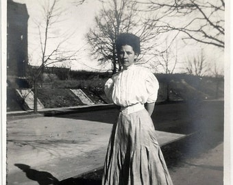 Old Photo Woman wearing White Shirt Long Skirt Small Waist  Shadow 1910s Photograph snapshot vintage