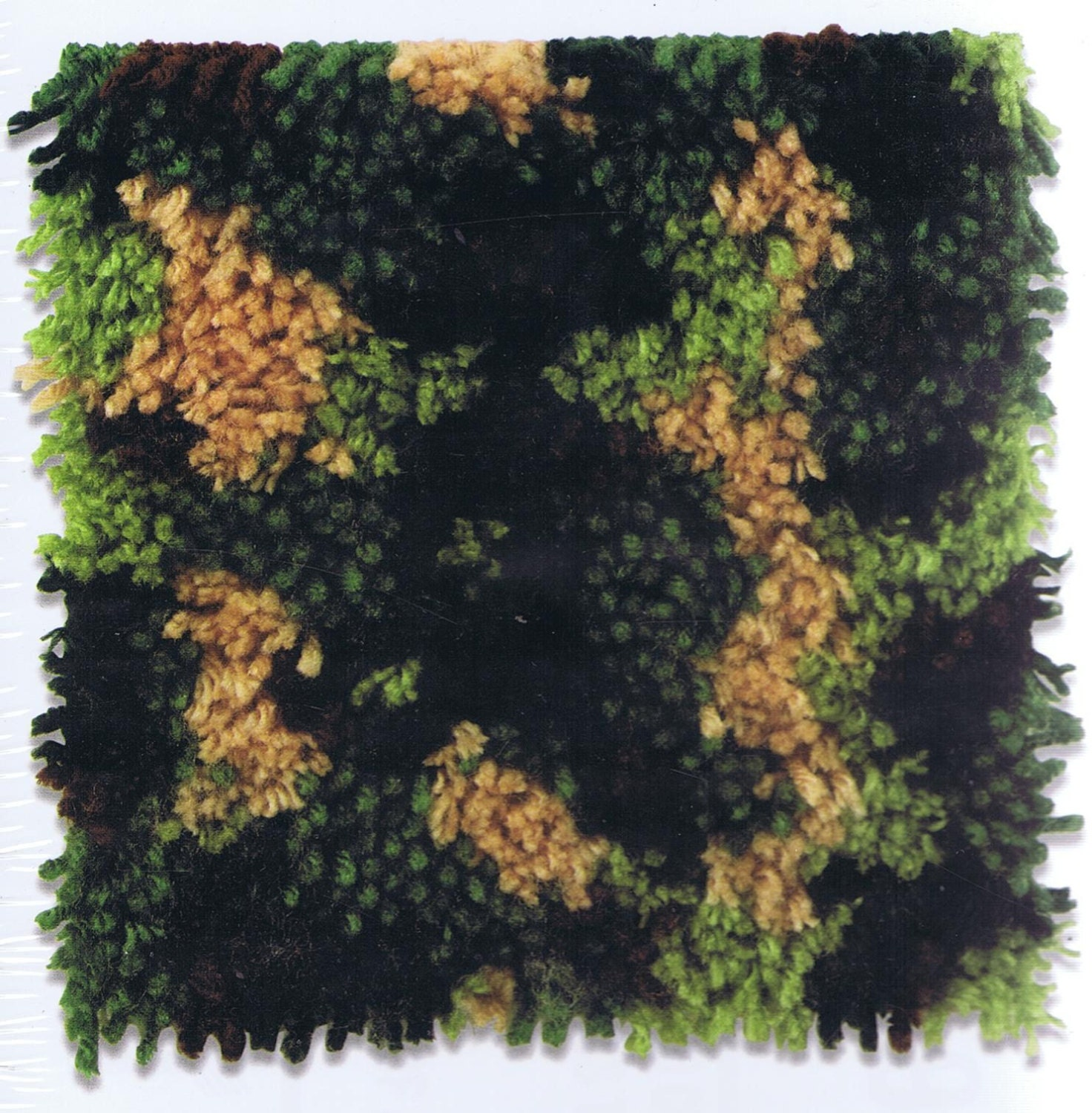 Army Camouflage Latch Hook Rug Kit 8 Inches Square