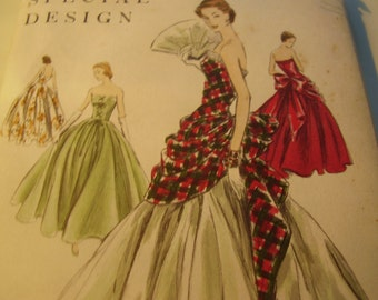 Vintage 1950's Vogue 4657 Special Design Evening Dress Sewing Pattern, Size 12, Bust 30