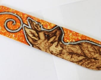 Maned Wolf glitter wooden bookmark - Pyrography with glitter finish - Woodburning