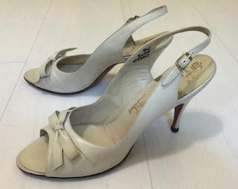 SALE! 1960s LaRose Hand Lasted Peeptoe Slingback Heels Vintage Deadstock Shoes