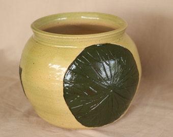 Hand Thrown Stoneware Sgraffitti Carved Leaf Bowl