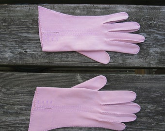 Vintage 1950's Rose Pink Cotton Gloves Ladies Wrist Gloves
