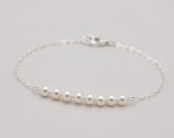 Set of 4 Bridesmaid Pearl Bracelets, Sterling Silver Bracelets, Set of 4 Bridesmaid Bracelets, Pearl Row Bracelet, Tiny Pearl Bracelets 0308