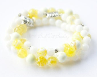 Yellow and White Beaded Stack Stretch Bracelets Trio Comfortable Silver Faux Clasp Jewelry