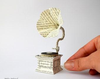 Miniature Paper Art - Paper Gramophone - Book Paper Arts - Paper miniatures