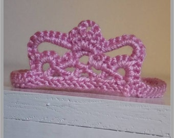 Little Princess Tiara Crochet Pattern - Newborn Photo Prop ... Instant Download