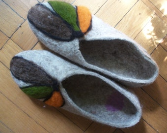 Felted slippers Woman shoes Warm wool slippers Eco friendly Organic