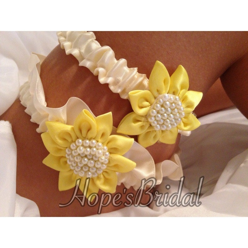 Sunflower Wedding Garter Set In Ivory And Sunflower Yellow