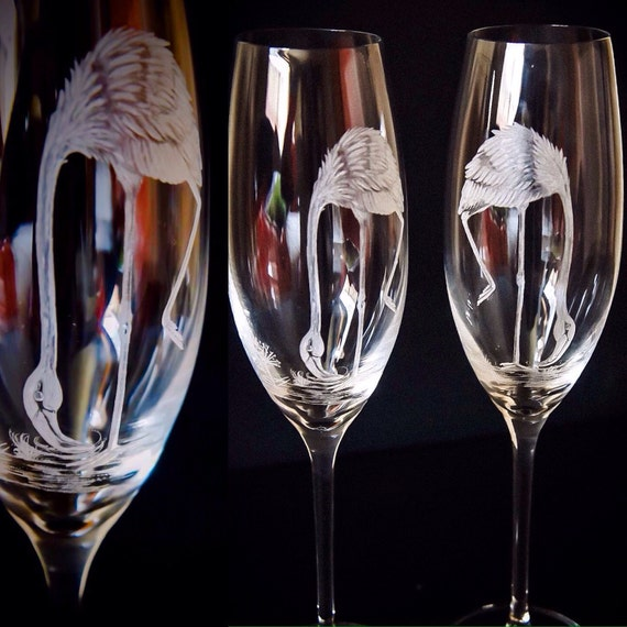 Hand engraved Flamingoes on Chanpagne Flutes, Etched birds flutes, Flamingoes engraving, Housewarming gifts,