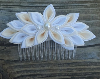 Ivory and White Kanzashi Flower Hair Comb