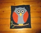 Rug Hooked Owl Wall Hanging