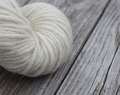 Pure pre-yarn - 100 Percent wool  natural white pencil roving