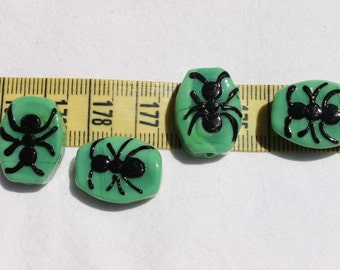 19x16mm Creepy Halloween Ants Lampwork Glass Beads Green & Black/ 4 beads