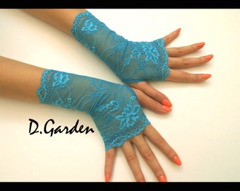 Elegant Lolita Stretchy Aqua Lace Victorian Sexy Fingerless Gloves / Arm Warmers