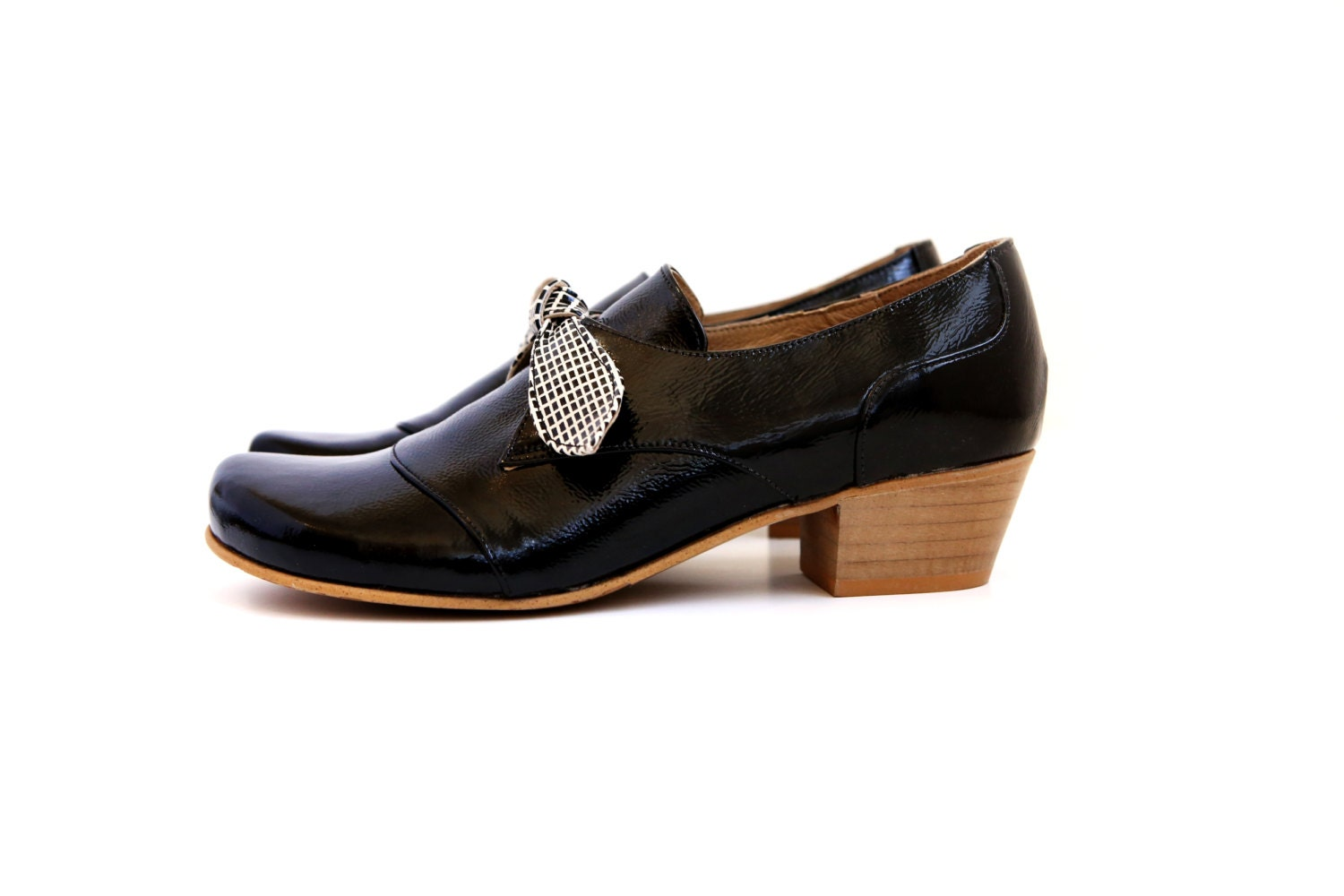 womens dress shoes black patent leather shoes wide heels
