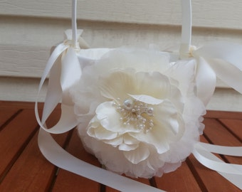 SALE - Wedding Flower Basket, Flower Girl Basket, Flower Basket  - Style BKF103
