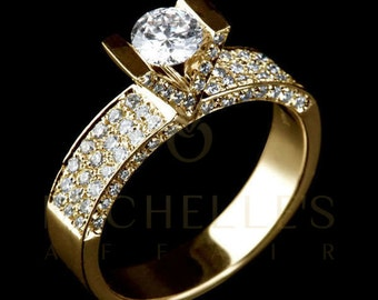 Diamond Ring 2.10 ct Women Solitaire Engagement Ring With Side Accents H VVS2 Round Cut In 18K Yellow Gold Setting