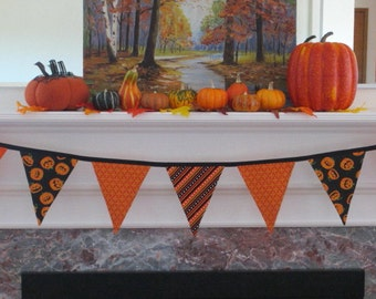 Halloween banner, Halloween decor, pumpkins, candy corn, Halloween bunting, Halloween party, fabric bunting, reusable Halloween decor