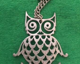 Vintage Metal Owl Pendant Necklace